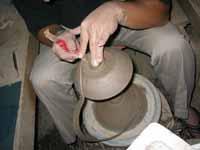 皿の底を加工